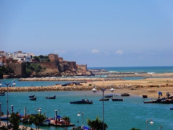 دعوة شخص لزيارة المغرب