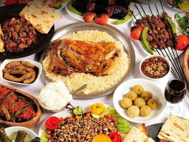 مطعم بهضبة حيدرا