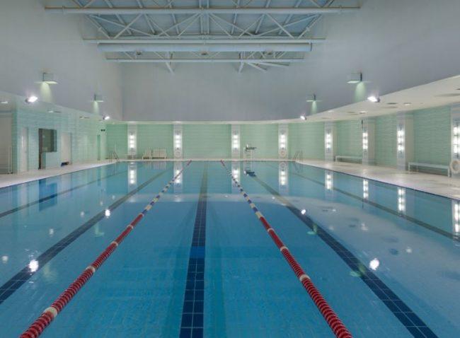 مسبح المناهل بالرياض